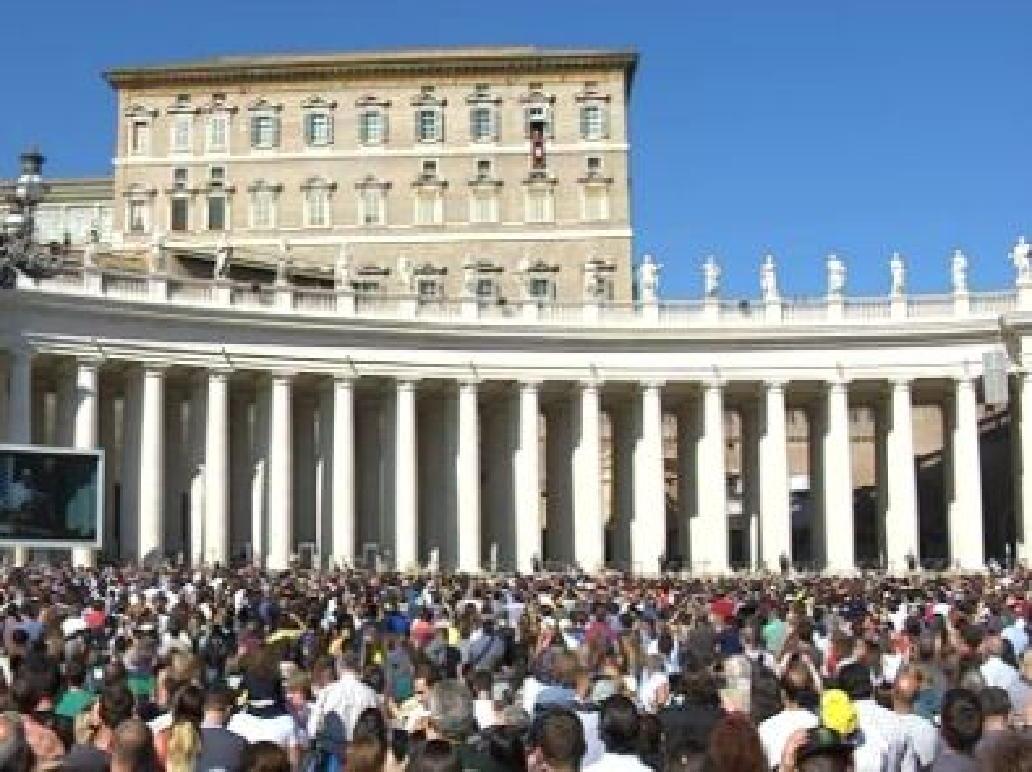 Template angelus di papa francesco - Finestra del papa ...